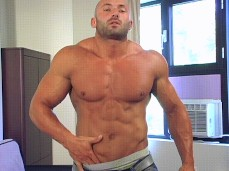 Max Chevalier Muscle Worship 01:23